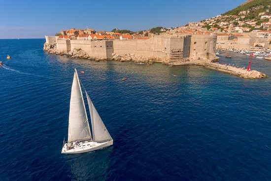 Top 10 things not to miss during your sailing holidays in Croatia