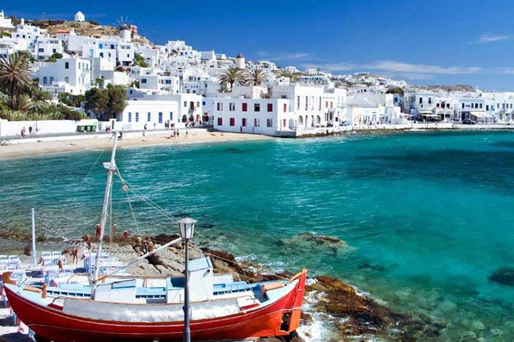 Sailing in Greece - how about Cyclades?