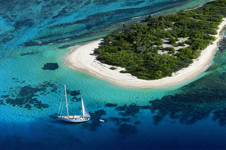 Christmas discounts- great deals for Yacht reservations during December
