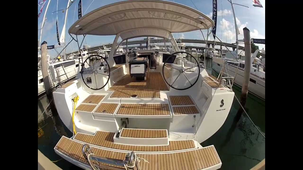 Oceanis 45, Nelly - A/C, GEN - owner's version